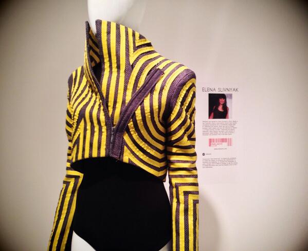 POP: @iimuahii's jacket is modern perfection at #TheArtOfFashion @ProjectRunway @LASM exhibit! #RunwayOnDisplay http://t.co/rHuMhUXvMb