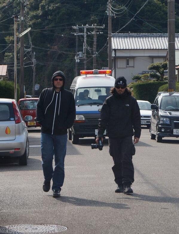 """""""@ponkohaha000: 拡散お願い @taiji_walker  これが日常生活?お前らの町ではない!太地町で、シーシェパード連中が住民生活へ威圧、ハラスメントを行っています。 http://t.co/5KtLOXlY2Q"""" どう見てもテロ集団だ!クジラに喰われてしまえ!"""
