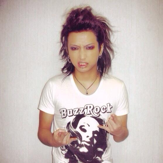 明希さんのお誕生日! Happy Birthdayo(^▽^)o http://t.co/l1xEuua5f8