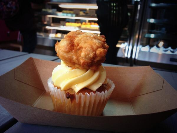 Walked 90 blocks for a @robicellis Chicken & Waffles cupcake. Yes, they're that good. http://t.co/IxguWBdWj1