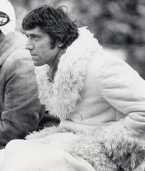 Joe the coat GAWD. RT @ANSFreeman: Joe Namath been on his coat game for a minute. Don't act surprised. http://t.co/XWFC8LdCp8