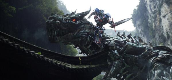 Grimlock and Optimus Prime in TRANSFORMERS: AGE OF EXTINCTION http://t.co/ML2RX9ZlHA