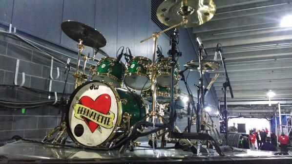 Bruno Mars' drum kit backstage. His late mom's name on bass drum. http://t.co/tYrZd26qVy