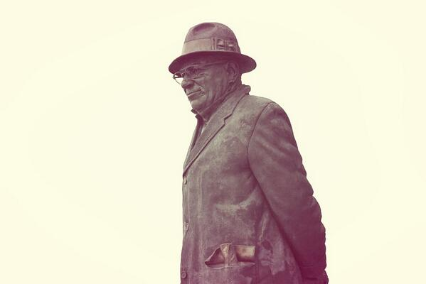Even the ghost of Vince Lombardi is bored by #SB48 #SuperBowI http://t.co/uARaAILoH8