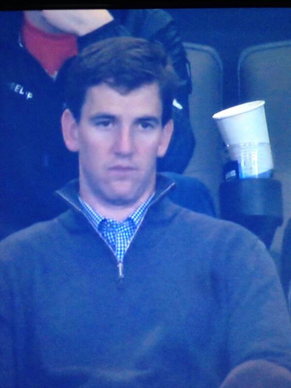 Look how sad Eli Manning looks #SB48 #broncos #MANNINGFACE #PeytonManning # #sorrypeyton http://t.co/xX9RQQyw8u