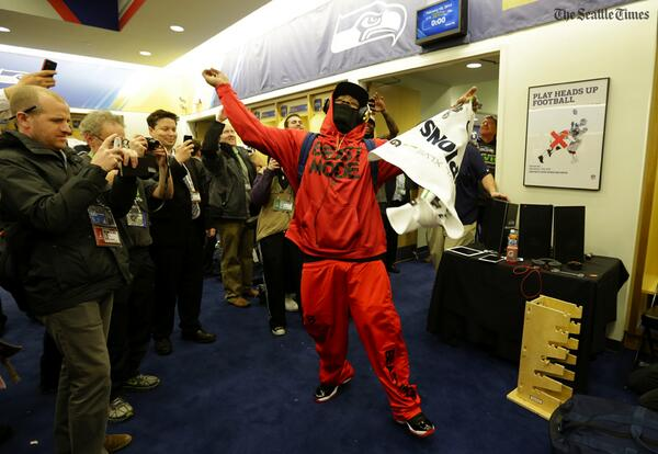 Marshawn Lynch dances in the locker room after the Seahawks #SB48 win (@deanrutz) More: http://t.co/CjeGNtuZMN | http://t.co/VJGc8RGw9a