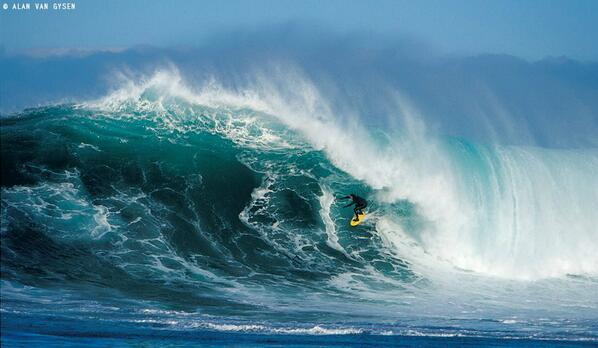 #ff #dawnpatrol rt @waterinstinct1 2014 will be our Year !! #Big #Wave #Riders http://t.co/0Yt4fOSG3f