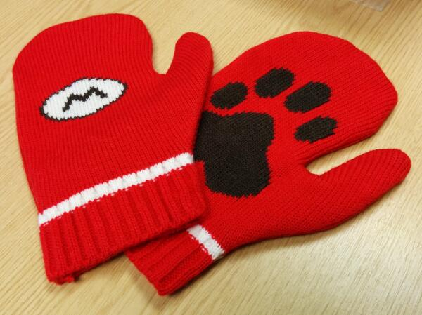 Want to win some stylish Super Mario 3D World mittens? RT this & we'll pick a winner at random at the end of the day! http://t.co/FqlA8TTdjW