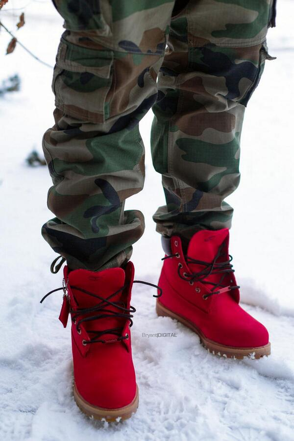 Damn RT @DaReal_Rizzy: These Timberland Boots >>>