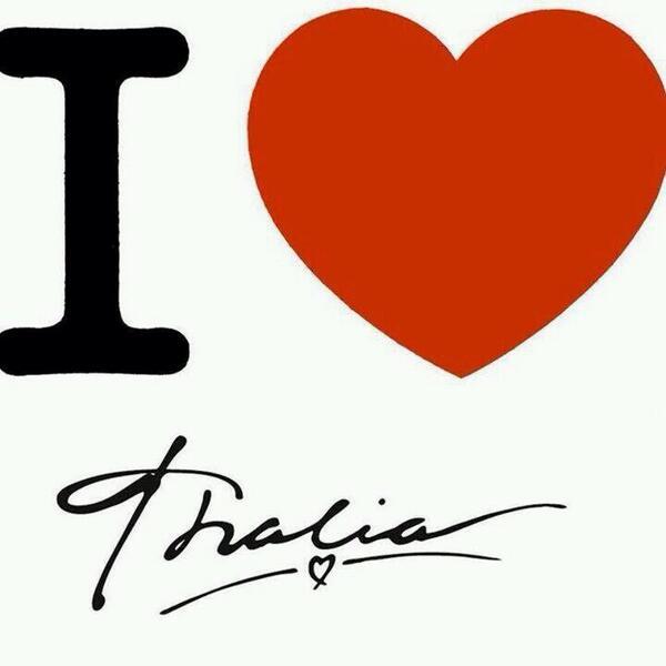 ¿Cuántos de aquí aman a @thalia? Manifiéstate con tu RT. http://t.co/cZv7Ua7Puu