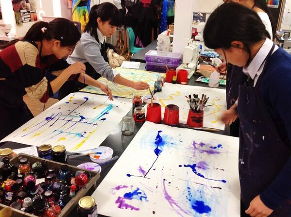 Japanese exchange visitors enjoy an art lesson, making sketchbooks yesterday... http://t.co/Kvyz3ZdgQy