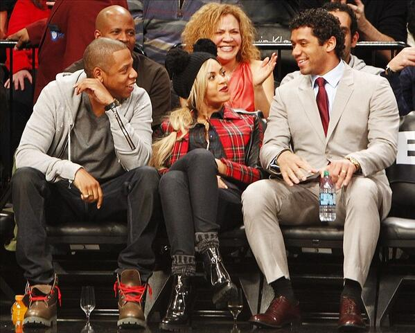 So this happened last night...@Beyonce @S_C_ @DangeRussWilson @BrooklynNets http://t.co/s8ZNSWhBEw