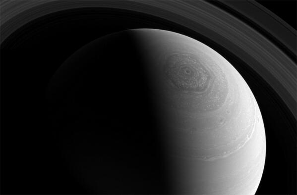 And your science news RT @DNews: photo of the Saturn's mysterious hexagon captured by Cassini: http://t.co/W2Je2zGl3l http://t.co/kAPhBbgZJ4