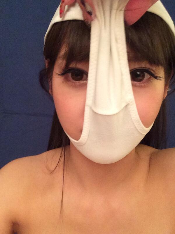 みづなれい(ReiMizuna水菜麗) @mizunarei HK http://t.co/fhIm6CbKfW