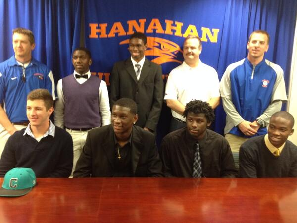 Hanahan signing class w/ coaches http://t.co/n4iFUiX2nF