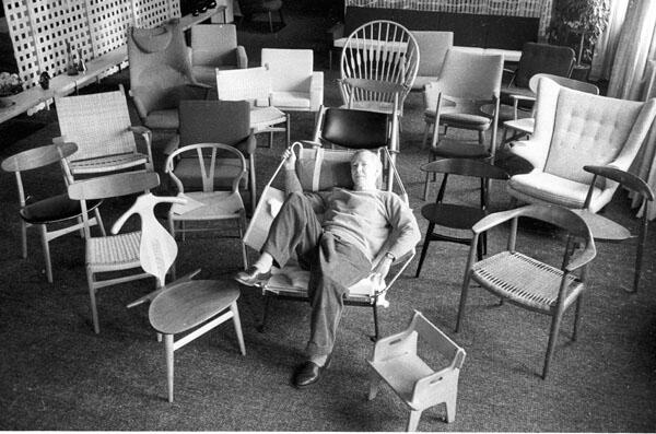 "Wegner ""just one good chair"" Design Museum Danmark #design #exhibition http://t.co/IlAyZgb1Q9 http://t.co/0kTmoyw97v"