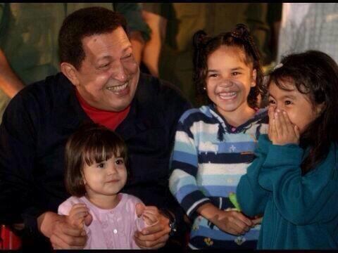 #A11MesesDeTuSiembraComandante Eres recordado con el amor infinito que demostraste por niños y niñas de esta Patria http://t.co/KLKdTv4uV8