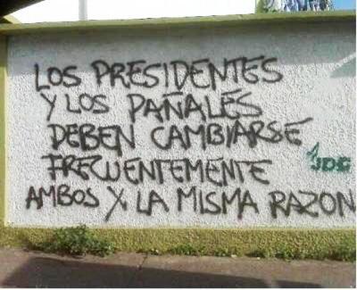 Liss Pereira (@lisspereira): ya que el ambiente político se vive y se siente... recordemos esta joya de la filosofía callejera http://t.co/P3FA1MX0Nv