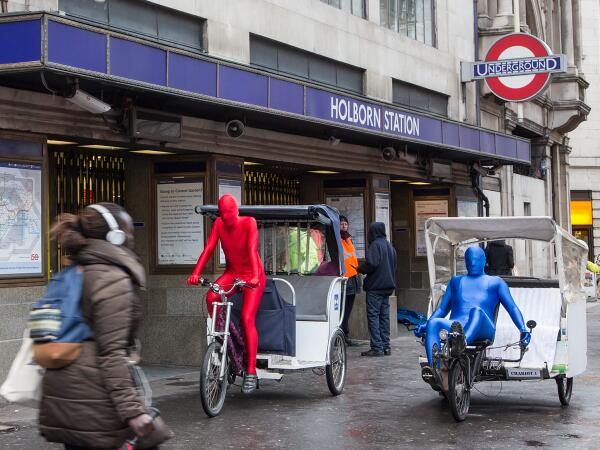 Morphsuits' alternative transport = lol. The colour of the lycra determines the tube lines they'll be servicing!! http://t.co/gkK2Kn3cOw
