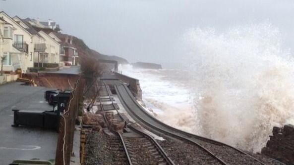Bad commute into London today? http://t.co/9ZtNpCHRL2 #tubestrike Meanwhile in Devon [pic] http://t.co/9W8GhTaK7j