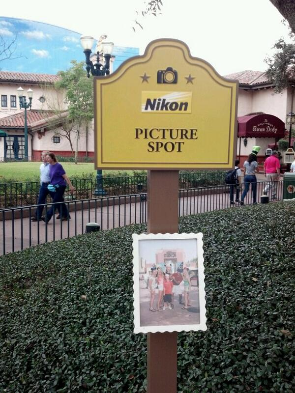 Nikon picture spots replacing defunct Kodak signs throughout the park. http://t.co/9ZJwvyJeWd