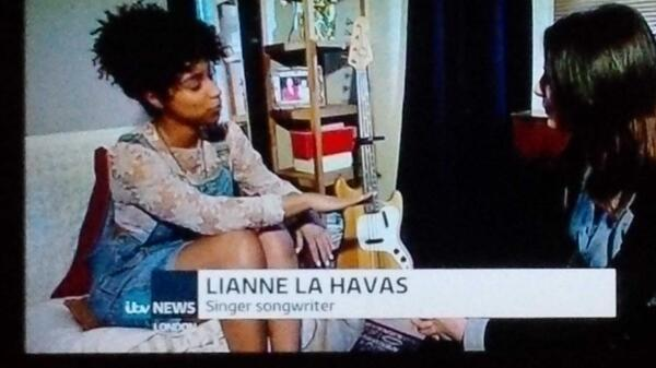 Headline news @liannelahavas @itvlondon @3RDEYEGIRL http://t.co/tn5j1AMBou
