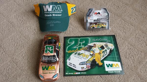 Here's your 23k giveaway. All items signed plus the last Copper Finish diecast (only 360 made) I will ever give away. http://t.co/vABcjJHwzO