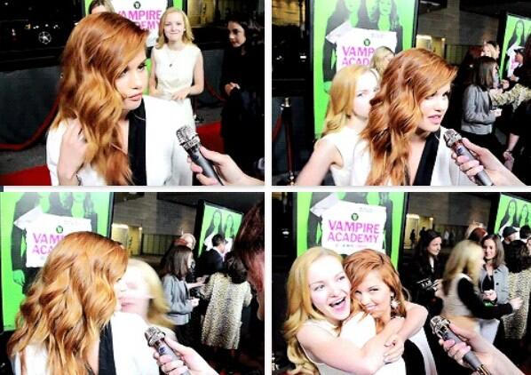 "Dove Cameron (@DoveCameron): ""@FabiiiSilva: This was my favorite moment When @DoveCameron hugged you. http://t.co/tsBU7Hiso2"