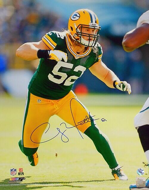 Wanna win this signed Clay Matthews 16 X 20 photo? RT this tweet, follow us AND @lotfautographs for a chance to win! http://t.co/j28tfpLiWC