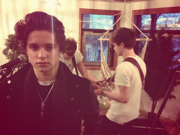 #fan2thevamps #thevampstoparis http://t.co/UooeZXtosW
