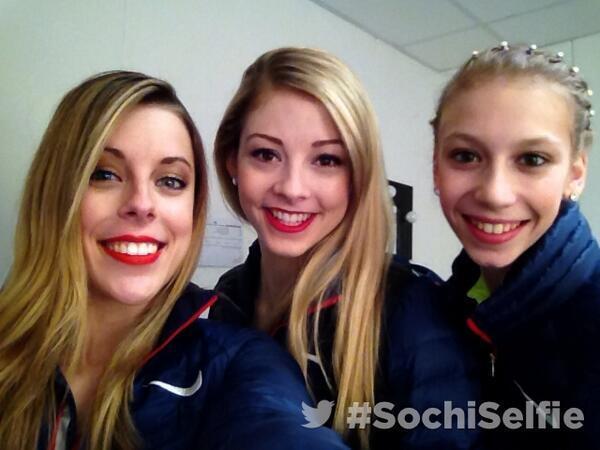 Thanks for the #sochiselfie @ashwagner2010, @graceegold & @polinaedmunds! #figureskating #Sochi2014 http://t.co/0okFfzvFi9