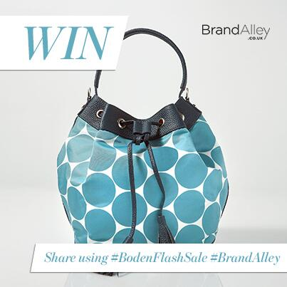 Win this @Bodenclothing blue bag. Follow & RT using #BodenFlashSale #BrandAlley. More info: http://t.co/LrugtmEch3 http://t.co/kUAI5bWoCD