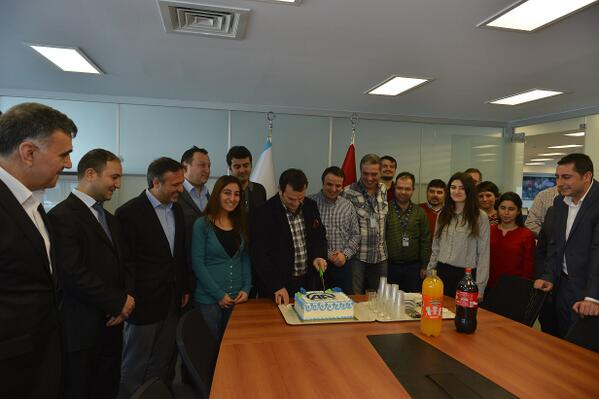#AA Finans'ın son dönemdeki başarılarını Sayın Genel Müdürümüz @kemalozturk2020'ün katılımıyla kutladık http://t.co/P2HsX6jcPR