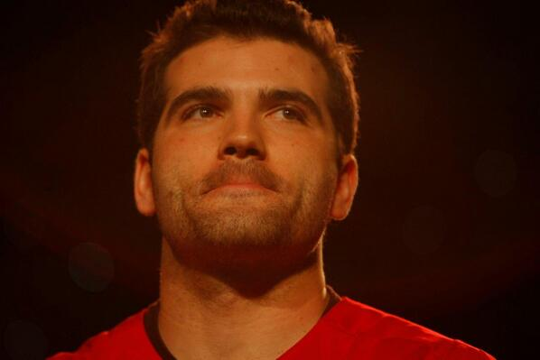 It's go time!  RETWEET to make #JoeyVotto the #FaceOfMLB in 2014. http://t.co/O7BITE5Ocv http://t.co/3zU1nLIU86