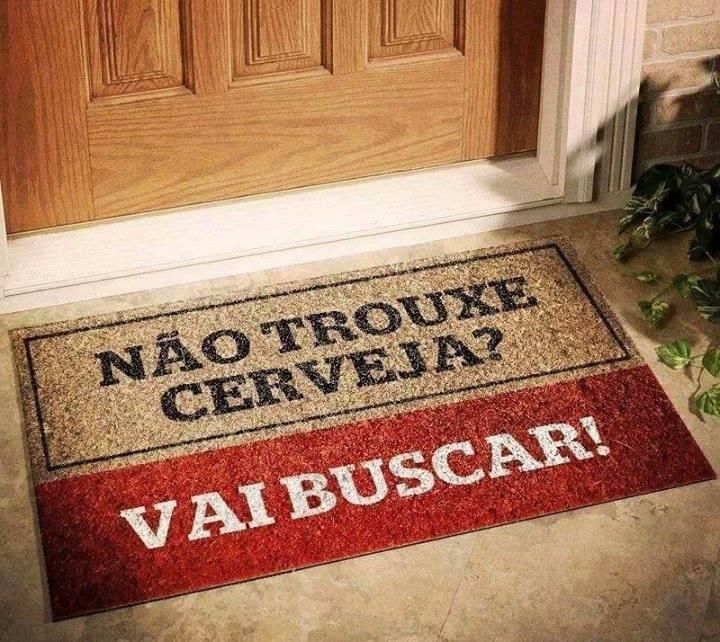 quando eu morar sozinha na porta da minha casa vai ter um tapete desses http://t.co/LH4SUfFc8z
