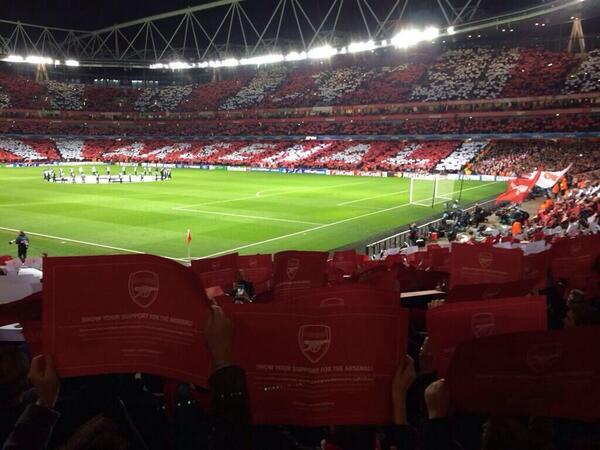 Bg3IJUBIEAAy VA Arsenal fans produce a wonderful pre match display ahead of Bayern Munich clash [Pics & Vine]