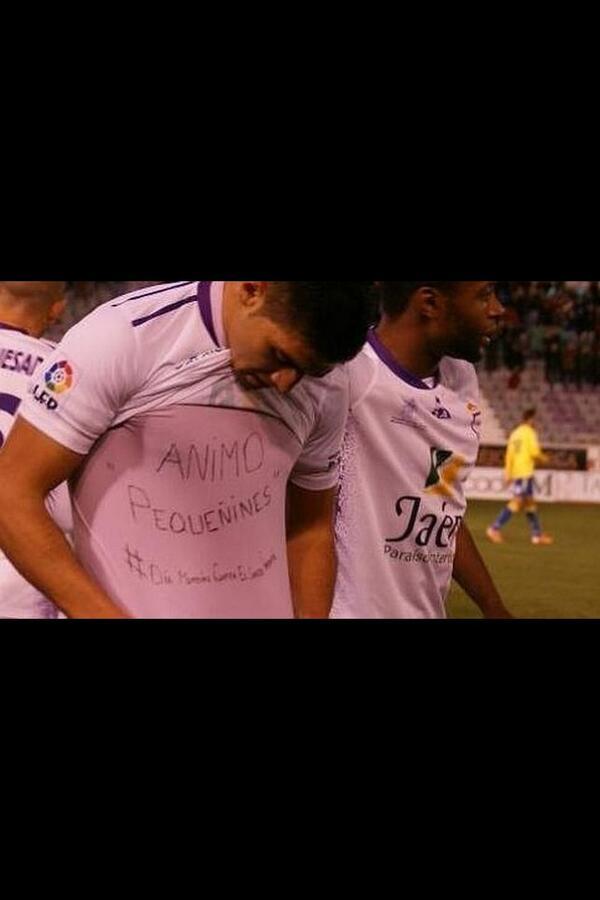 Firmar el indulto para Del Nido y sancionar este gesto es vergüenza doble!!! http://t.co/ZVkH2VByjB