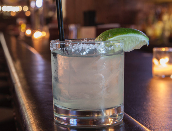 ATTENTION EVERYONE: National Margarita Day is on Saturday! http://t.co/IPZAW6K5K5 http://t.co/mtTDKffCaH