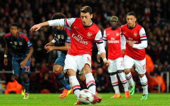 Bg3mxDOCUAA9Lsy Spurs fans joke that Arsenal should have signed Roberto Soldado instead of Mesut Ozil