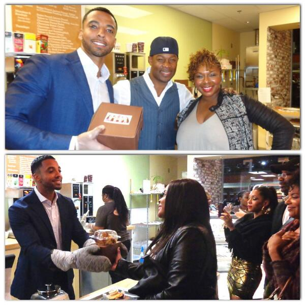 Our @BlackCoffee2014 stars @ChristianKeyes @mrdhen @shoneji @BrelyEvans even served up some #southergirldesserts #fun http://t.co/02F5RYR581