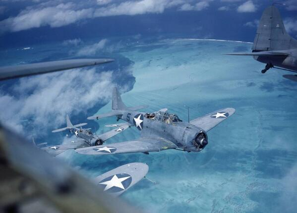 Douglas SBD Dauntless dive bombers over the Pacific during 1943. http://t.co/iDYPjEPPHK