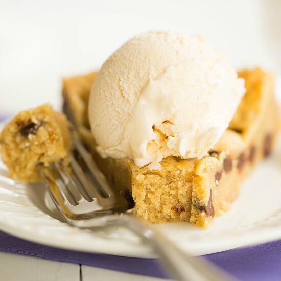 {new post} Chocolate Chip Cookie Cake: http://t.co/MlvxoelBWQ http://t.co/9RbTQpSGX2