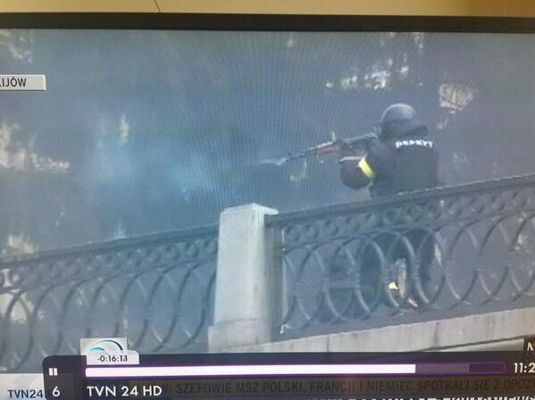 "В #Sochi2014 стреляют по мишеням, а вот в #Киев по живым людям! Скорблю и молюсь! "" #Euromaidan http://t.co/vKYfKKYqA1"""
