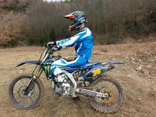 Get well soon @marcmarquez93. Your World Champ was won by you riding on Dirt so don't stop now. Im out on my MX bike http://t.co/yzjMbXt4Ir
