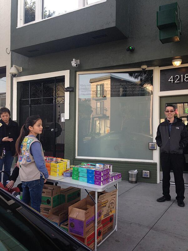 A Savvy Girl Scout Is Selling Cookies at a Cannabis Clinic in San Francisco http://t.co/JkTKL1hbRj http://t.co/jYOLA5O1k9