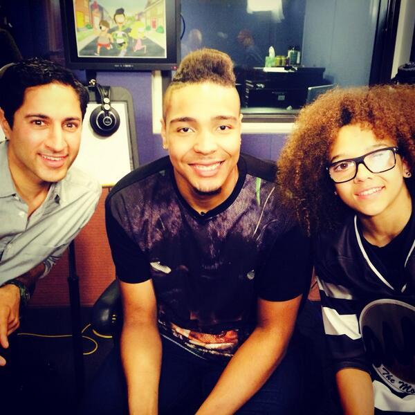 So much fun hangin w/ @Jordan_Banjo & @realperrikiely today @NickelodeonTV @NickelodeonUK http://t.co/RkqpzOaJNn
