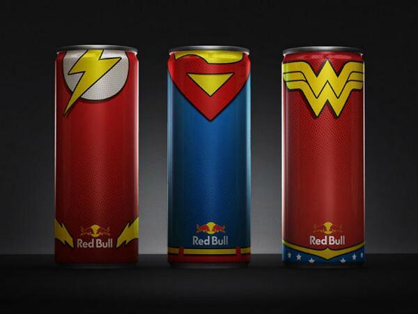 Embalagens de Red Bull com os uniformes dos super-heróis da DC Comics. Confira as embalagens: http://t.co/nFIbxJCxzF http://t.co/9OJP4inPCl