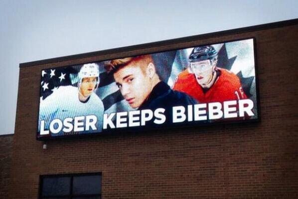 """@FlyersNation:Billboard in Chicago http://t.co/VM9MoNzFp2"" I like the Biebs. We should win AND keep him. He just a lil misguided, thas all."