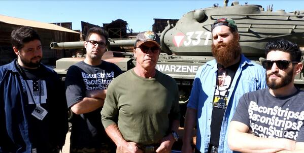 That's right, we filmed @EpicMealTime with Arnold @Schwarzenegger yesterday. http://t.co/YstUsFMHeZ