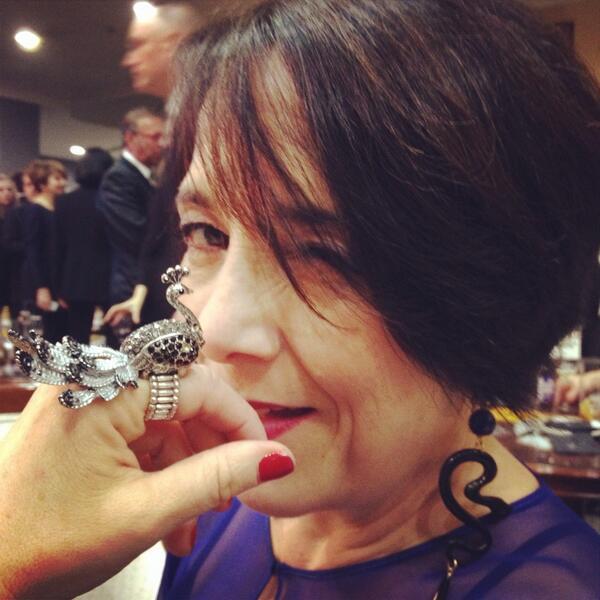 GLORIA y un pavo real (esperando los Goya) @tengochicle @rubionatural @sanfeliu @Fabula_prod http://t.co/fDR3xrmT3a